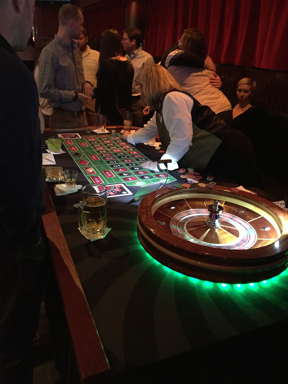 Best roulette strategy money